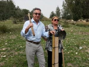 photo - Gary and Nanci Segal in JNF Canada Park