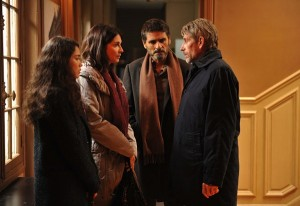 photo - A scene from 24 Days: Ilan Halimi's girlfriend and parents speak with the lead investigator on the case
