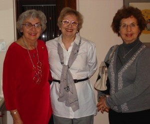 photo - Left to right: Gloria Hendin, longtime supporter of NCJW Vancouver section, hosted Sharon Allentuck and Robyn Lenn and members of the organizing committee following the celebration of the section's 90th birthday