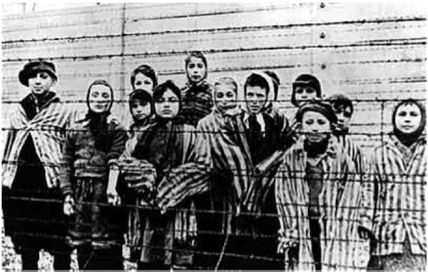 Auschwitz survivors at 70th