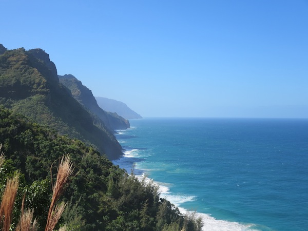 photo - The Napali Coast on the island's north side is one of Kauai's great beauties