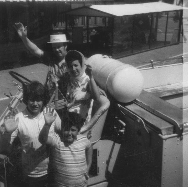"""photo - """"Good old days"""" revived at B'nai B'rith picnic, 1972"""