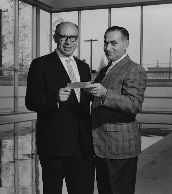 photo - Two unidentified men at the Vancouver Jewish Community Centre, circa 1962