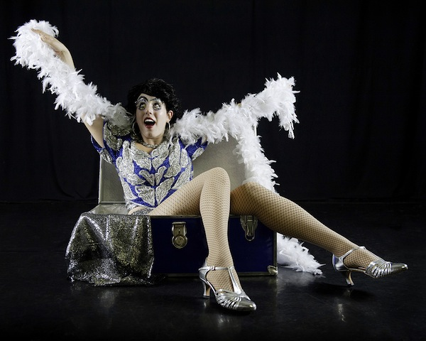 photo - Comedienne Windy Wynazz takes a unique view of the life of a showgirl in UnCouth