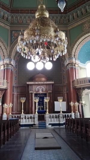 photo - The interior of Sofia's synagogue