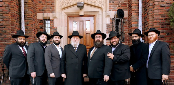 Rabbis join thousands