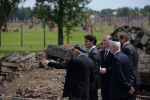 photo - Prime Minister Justin Trudeau visits the Auschwitz death camp