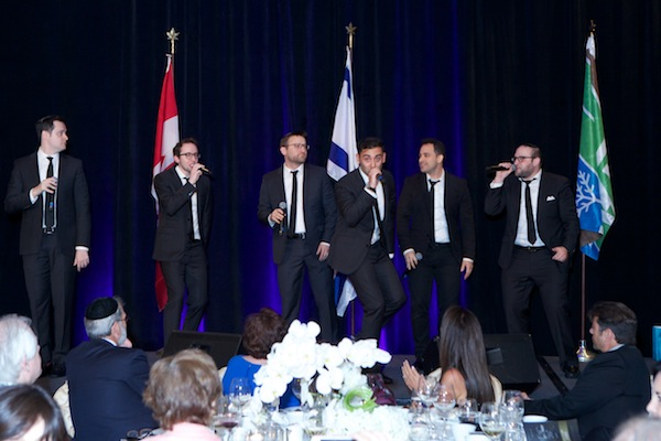 photo - The Maccabeats got the crowd up and moving