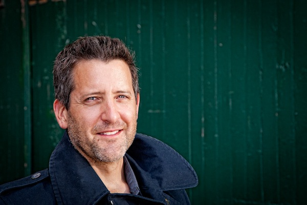photo - Actor/singer Warren Kimmel will be joined by Wendy Bross Stuart on piano