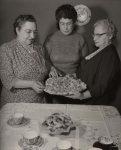 photo - Na'amat Women's tea, 1955