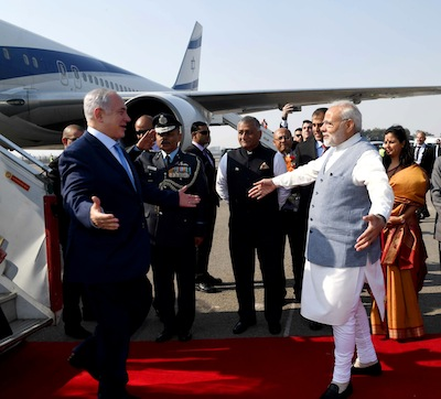 photo - Prime Minister Binyamin Netanyahu is welcomed by Indian Prime Minister Narendra Modi in New Delhi in January 2018.