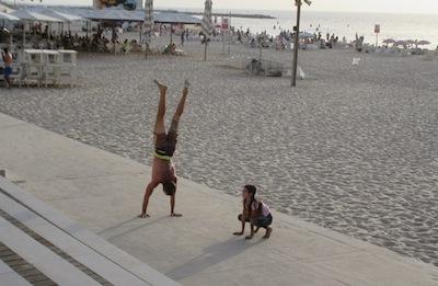 photo - Exercising on the beach helps keep Israelis healthy