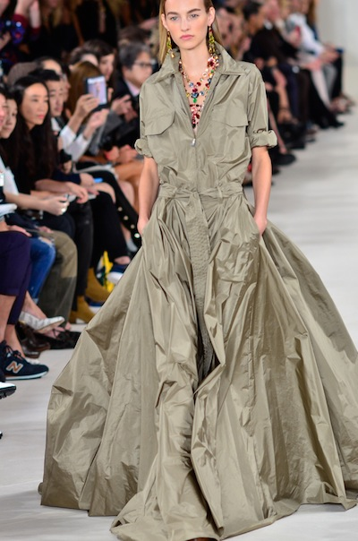 photo - Maartje Verhoef walking the Ralph Lauren spring-summer 2015 fashion show