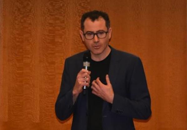 photo - Elan Divon speaks at King David High School earlier this month