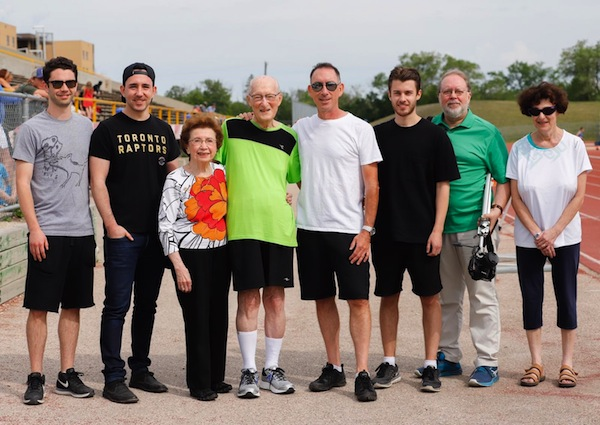 photo - With Lou Billinkoff, fourth from the left, are, from left to right, his grandson Asher, grandson Jordan, wife Ruth, son Errol, grandson Mitchell, son Lorne and daughter-in-law Marilyn
