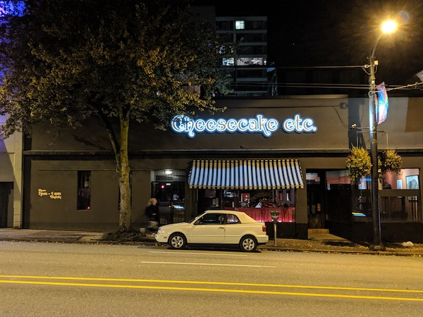 photo - Cheesecake Etc. celebrates 40 years of activity and commemorates two years since the death of its owners