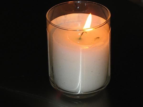 photo- Yahrzeit candle