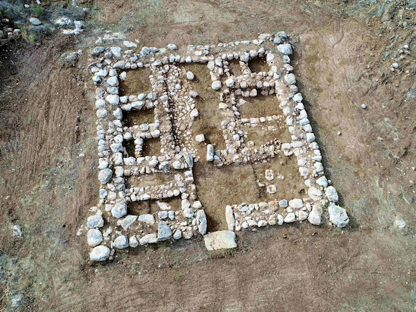 photo - An aerial photo of the remains of a 3,200-year-old Canaanite fortress built near today's town of Kiryat Gat
