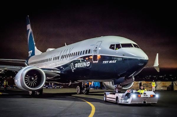 האיחוד האירופאי מקיים טיסות ניסוי לבואינג שבע שלוש שבע מקס בוונקובר