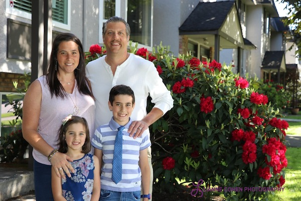 photo - Michael Sachs, the new executive director of Jewish National Fund of Canada, Pacific region, with his wife Shira, a Hebrew and Judaics teacher at Vancouver Talmud Torah, and their children Izzy, 8, and Desi, 5-and-a-half