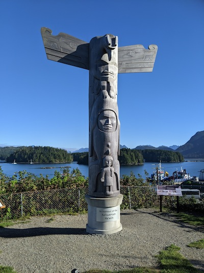 photo - Tofino - Totem pole